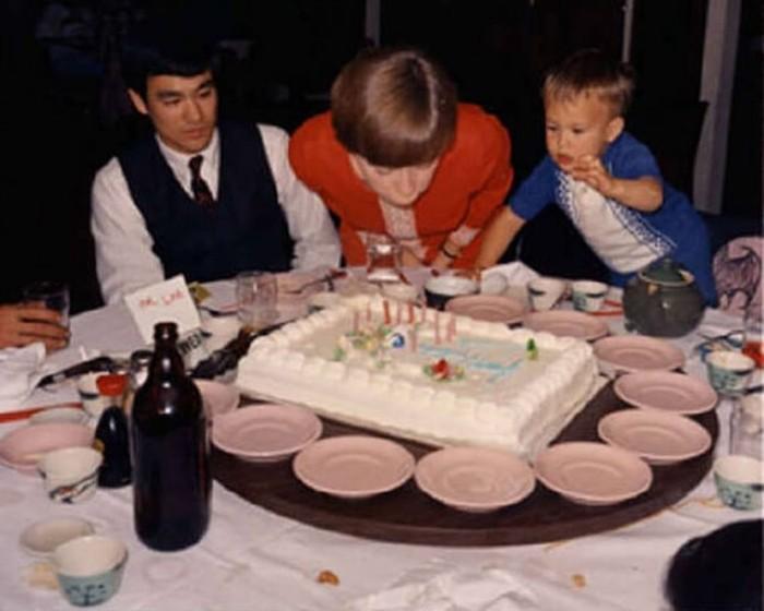Семейные фотографии из архива Брюса Ли (2)
