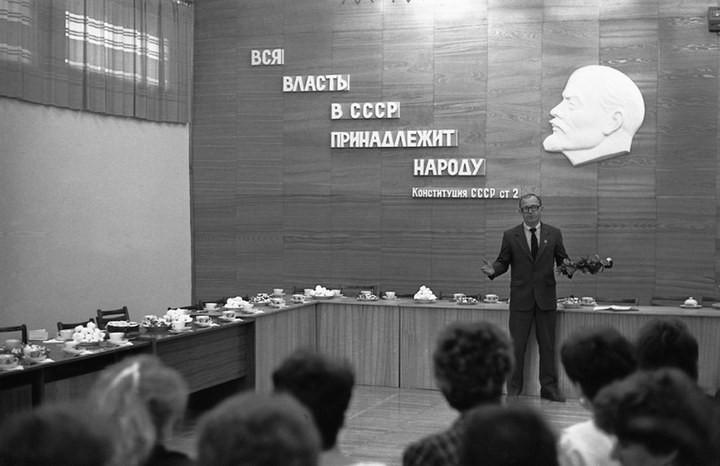 """Непарадные фотографии """"Великого и Могучего"""" от Владимира Соколаева (51)"""