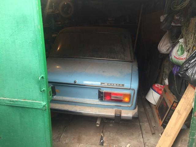 Новая шестерка ВАЗ-2106, простоявшая 25 лет в гараже (1)