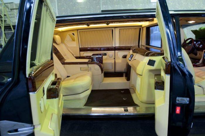 Президентский лимузин ЗИЛ-4112Р (11)