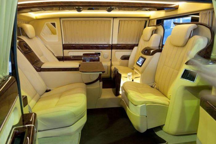 Президентский лимузин ЗИЛ-4112Р (12)