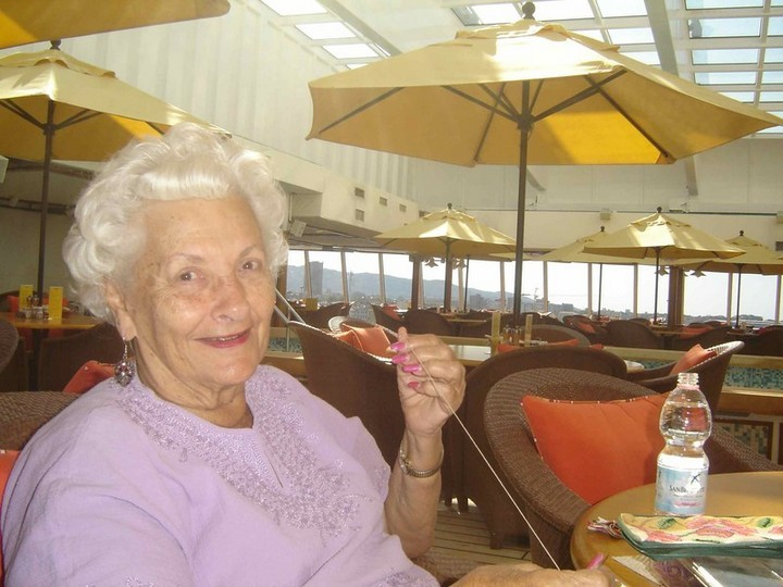 Пенсионерка 8 лет живет на круизном лайнере (2)