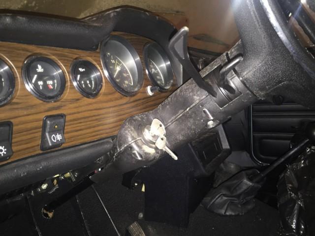 Новая шестерка ВАЗ-2106, простоявшая 25 лет в гараже (20)