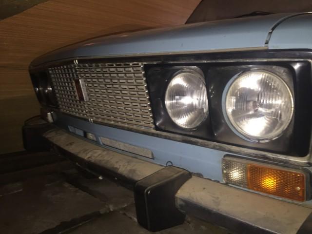 Новая шестерка ВАЗ-2106, простоявшая 25 лет в гараже (3)