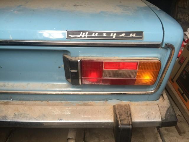 Новая шестерка ВАЗ-2106, простоявшая 25 лет в гараже (4)