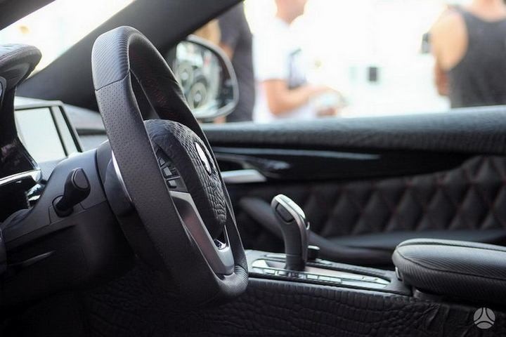 Как из хорошей машины сделать чудовище или тюнинг BMW X6 (8)