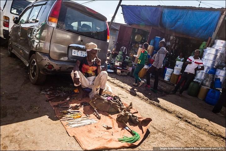 Африканский рынок отбросов (4)