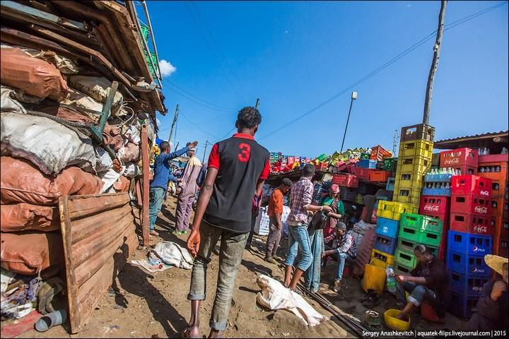 Африканский рынок отбросов (13)