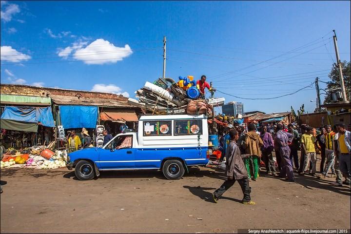Африканский рынок отбросов (21)