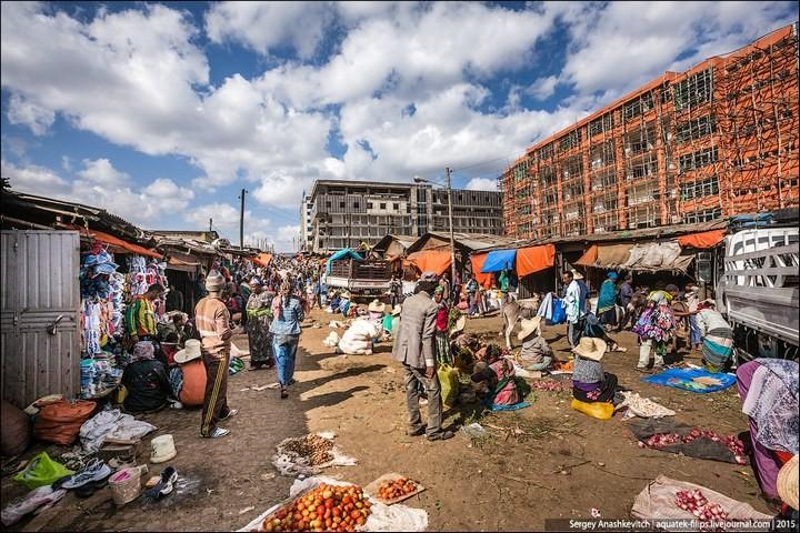 Африканский рынок отбросов (29)