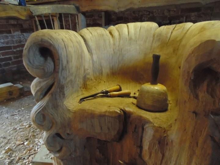Уникальное кресло из корня дуба (6)