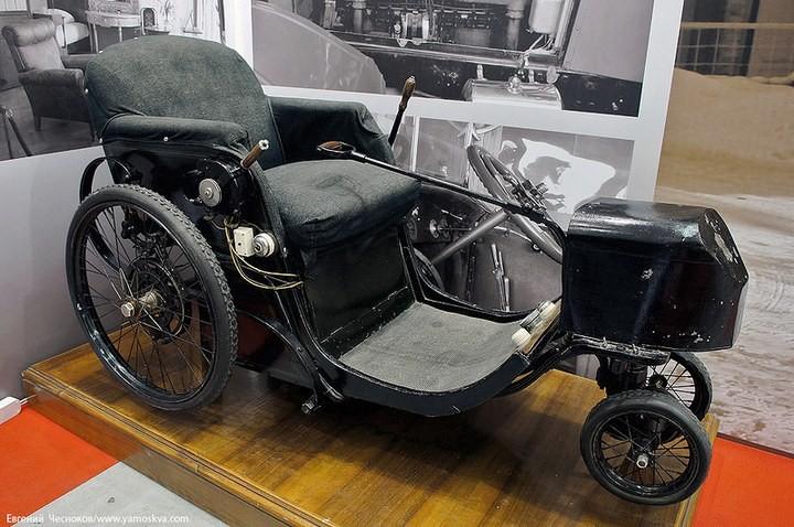 Выставка автомобилей Гаража особого назначения (3)