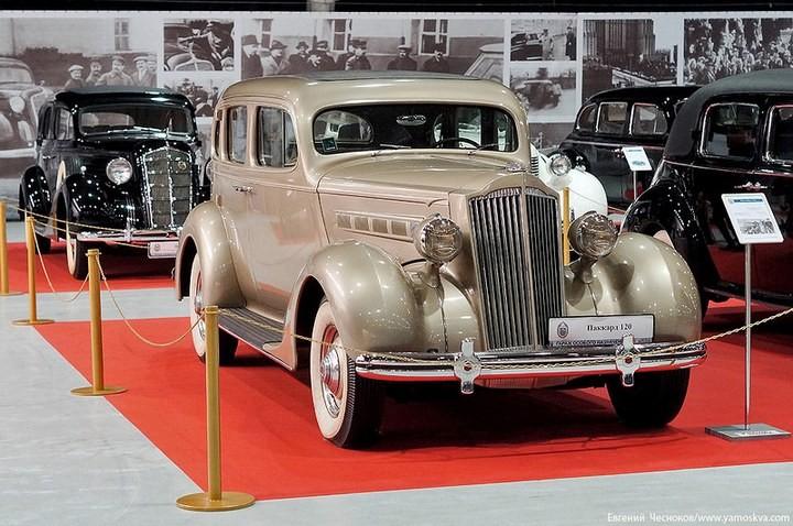Выставка автомобилей Гаража особого назначения (5)