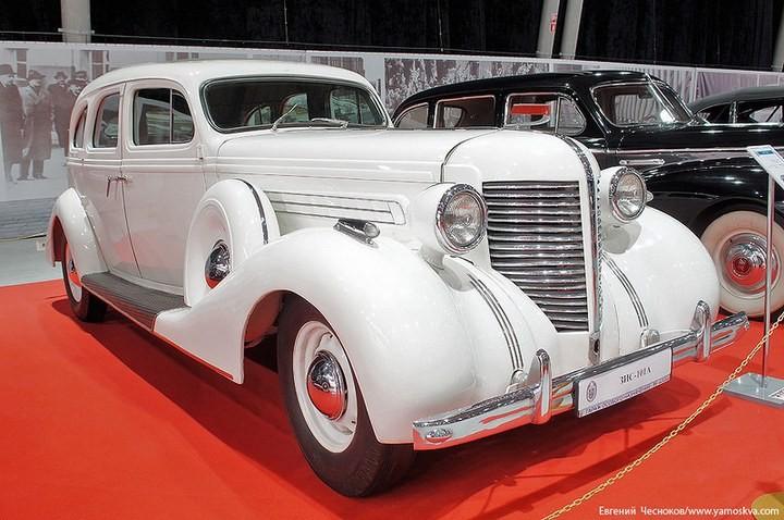 Выставка автомобилей Гаража особого назначения (8)