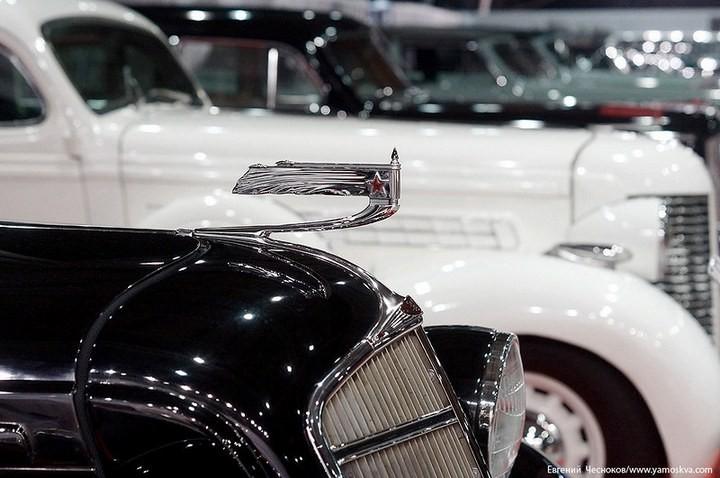 Выставка автомобилей Гаража особого назначения (10)