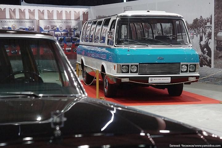 Выставка автомобилей Гаража особого назначения (23)