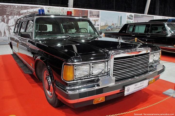 Выставка автомобилей Гаража особого назначения (24)