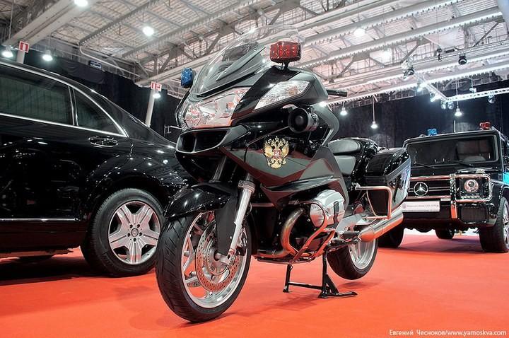 Выставка автомобилей Гаража особого назначения (30)