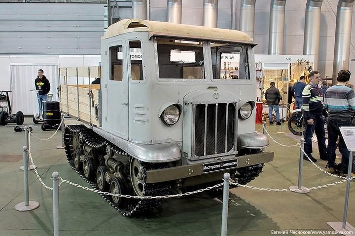Выставка автомобилей Гаража особого назначения (34)