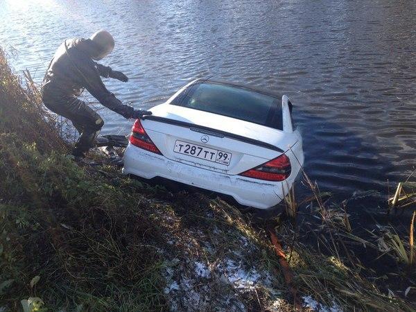 Как поймать рыбу с помощью Mercedes (1)