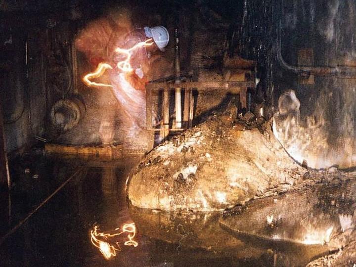Знаменитая фотография из Чернобыльской АЭС (1)