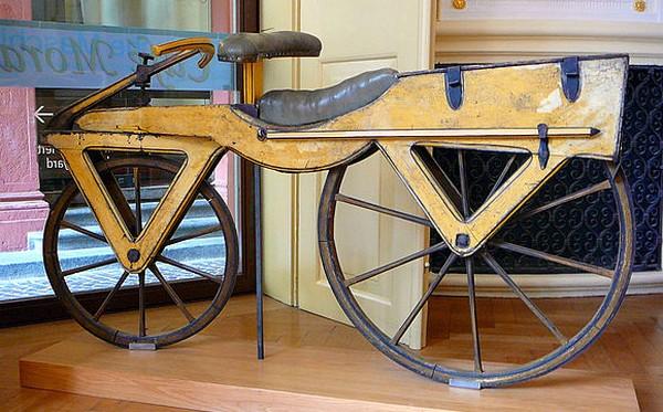 Кто и когда изобрел велосипед? (3)