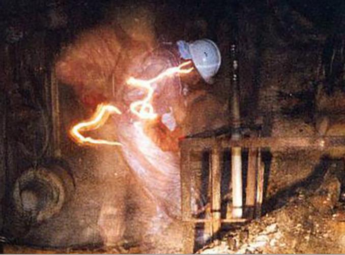 Знаменитая фотография из Чернобыльской АЭС (3)