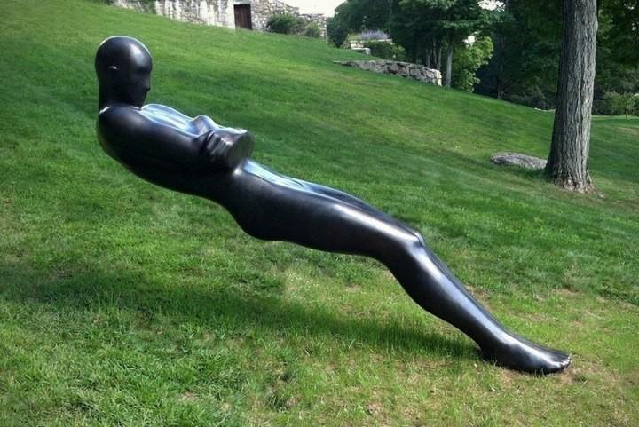 Скульптуры, бросающие вызов законам гравитации (5)
