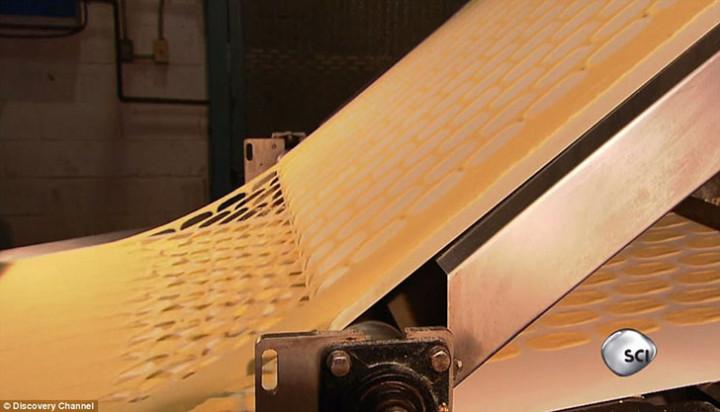 Как и из чего сделаны чипсы Pringles (9)