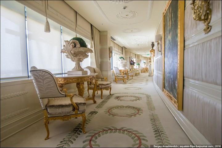 Полмиллиона рублей за номер в отеле (3)