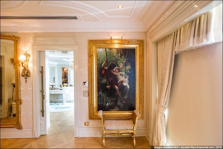 Полмиллиона рублей за номер в отеле (8)