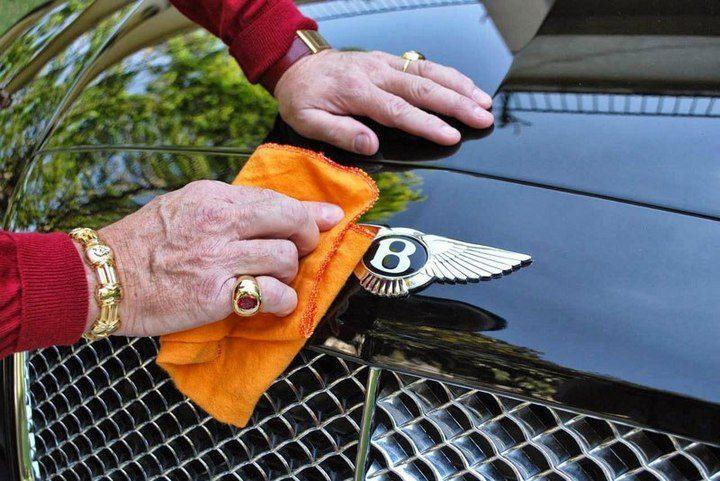 Миллионер Sparks Uproar хочет что-бы его похоронили вместе с его любимым Bentley (3)