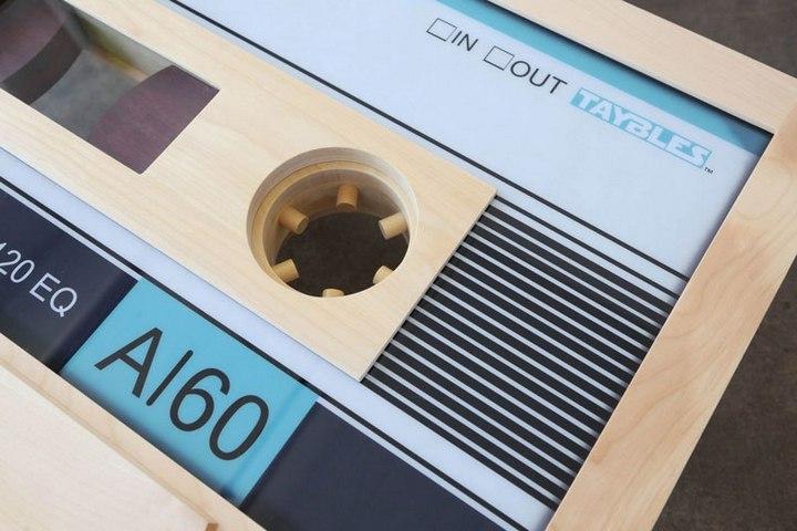 Креативные столы в форме аудиокассет (13)