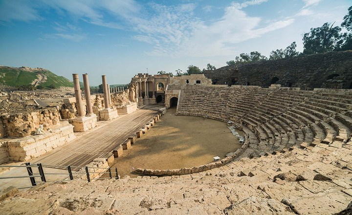 Прогулка к Воротам Рая: Бейт-Шеан (2)