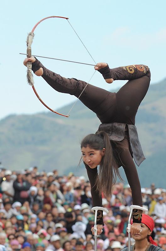 Церемония открытия Всемирных игр кочевников в Кыргызстане (1)