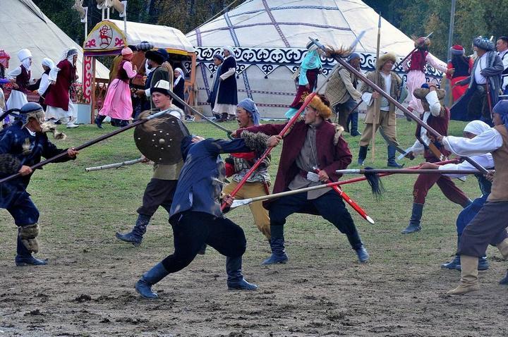 Церемония открытия Всемирных игр кочевников в Кыргызстане (3)