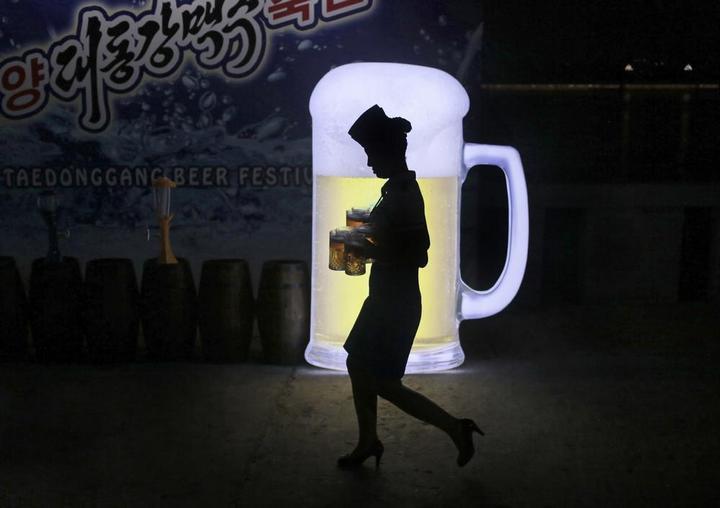 Кадры из повседневной жизни в Северной Корее (7)