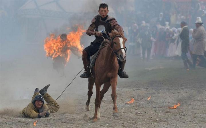Церемония открытия Всемирных игр кочевников в Кыргызстане (15)