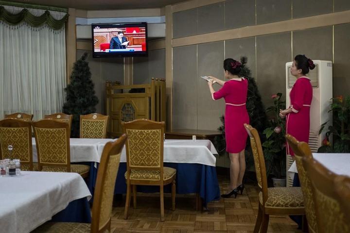 Кадры из повседневной жизни в Северной Корее (1)