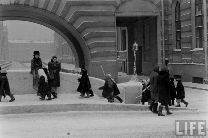 Туристы из Америки в Ленинграде 1956 г (19)