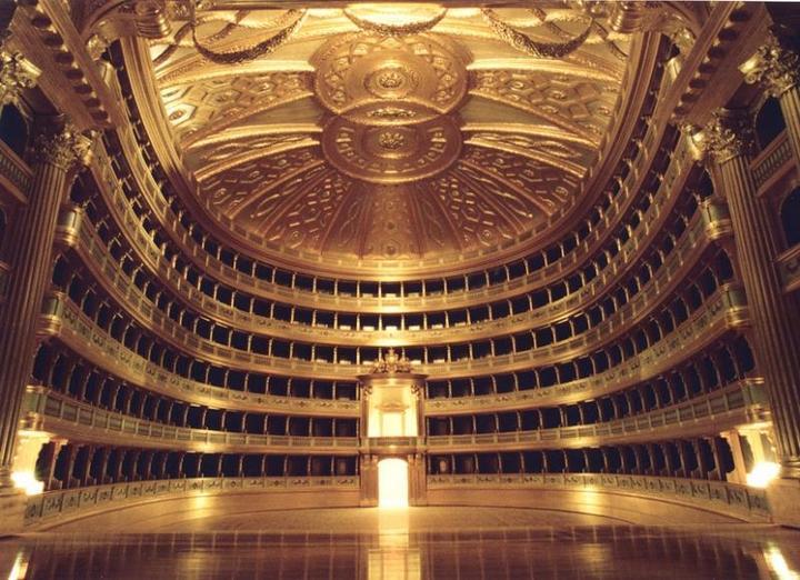 Самые известные театры мира (4)