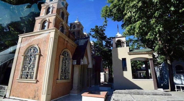 Роскошное кладбище мексиканских наркобаронов (6)