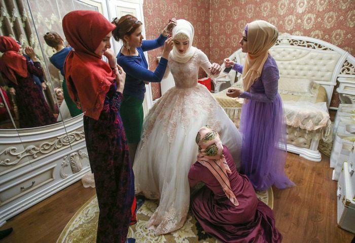 Как празднуют традиционные чеченские свадьбы в Грозном (3)