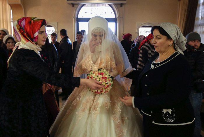 Как празднуют традиционные чеченские свадьбы в Грозном (8)