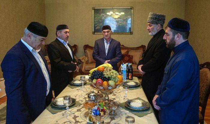 Как празднуют традиционные чеченские свадьбы в Грозном (22)