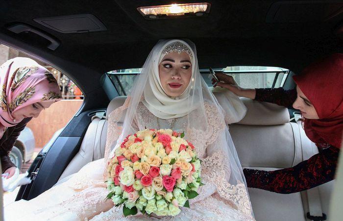 Как празднуют традиционные чеченские свадьбы в Грозном (28)