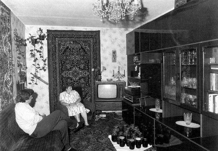 Интерьеры советских квартир 70-х (9)