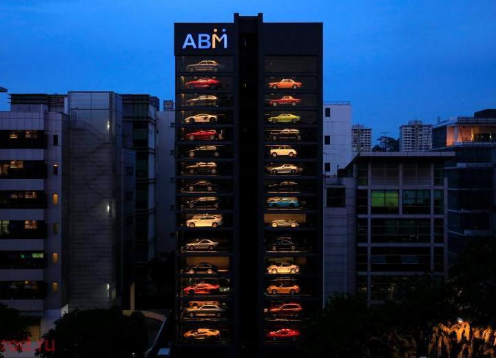 В Сингапуре появился автомат по продаже спорткаров (1)