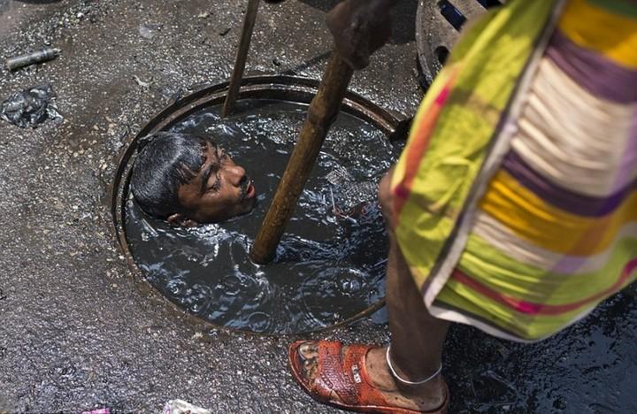 Самая грязная работа: очиститель канализационных систем (2)