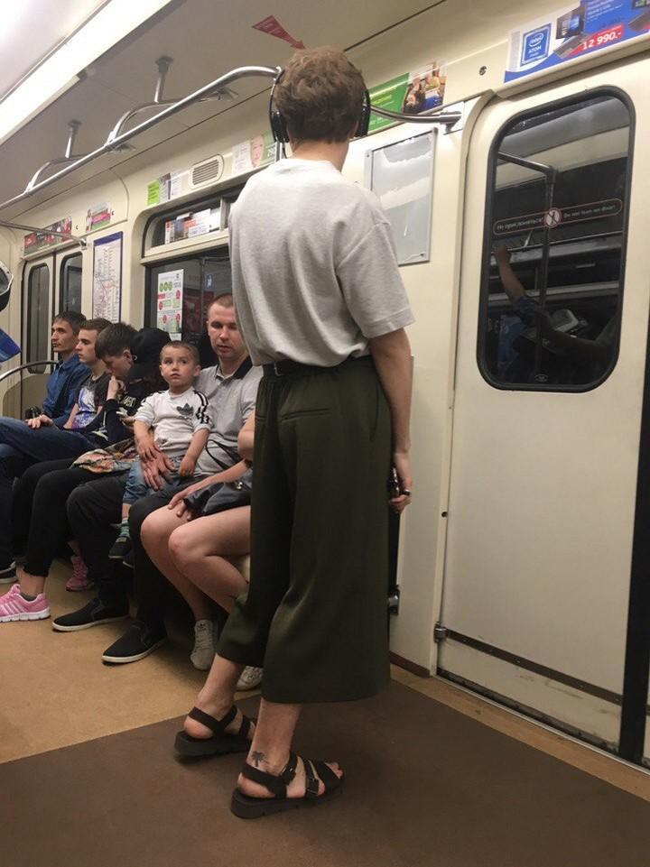 Подсмотрено в метрополитене (11)
